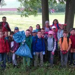 Müllsammelaktion der Klasse 4a